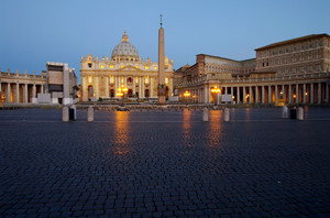 Aspettando l'alba a San Pietro