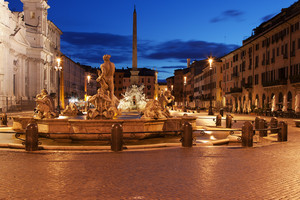 L'eterno etereo bacio a Piazza Navona