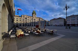 Un caffè in piazza