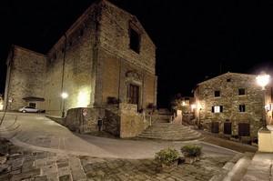 Notte a Lucignano