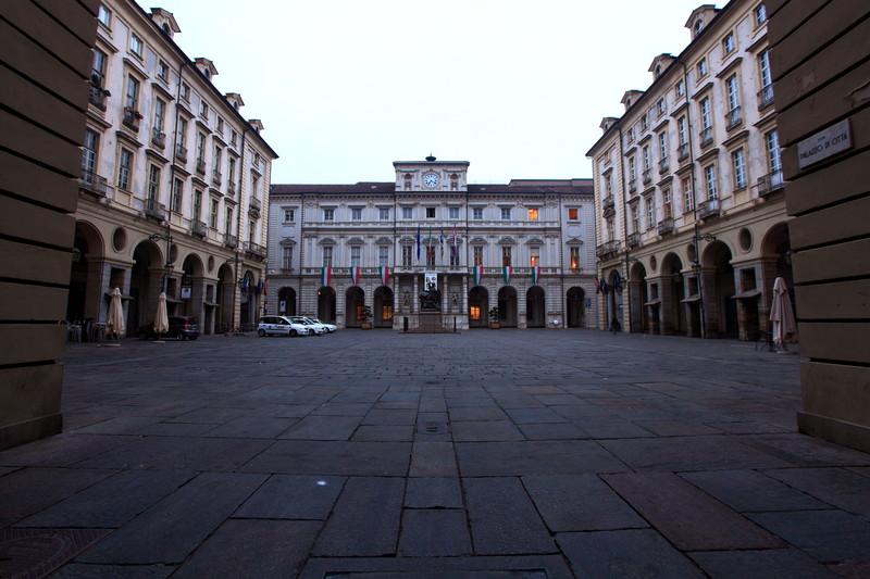 ''Piazza palazzo di città'' - Torino