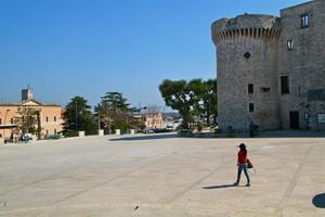 Il Ciclabile Lastricato attorno al Castello-parte I