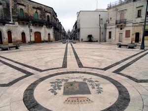 Villa Castelli (Br) – Piazza del Municipio – Stemma