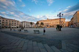 Piazza d'Italia al tramonto