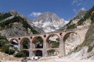 Carrara V