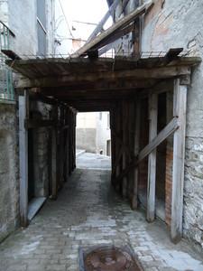 ecco come si presenta il centro storico dopo il terremoto del 2002