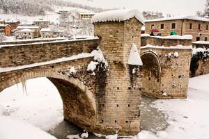 Quanta neve sul Ponte Romano