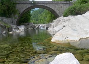 Ponte sul Torrente Cervo
