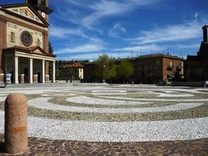 La piazza di Enrico Toti