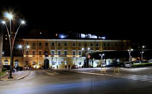 La piazza del Municipio di notte