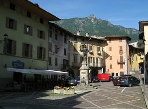 Piazza Zignoni