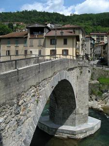 Il vecchio ponte sul Brembo