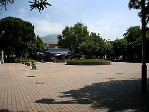 Mondragone piazza Giovanni Schiappa