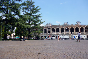 Piazza Brà e l'Arena