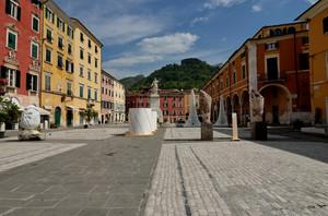 Piazza Alberica & Interni