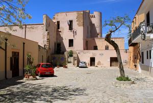 Largo Castello