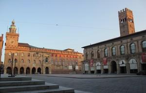 Una sosta in Piazza Maggiore