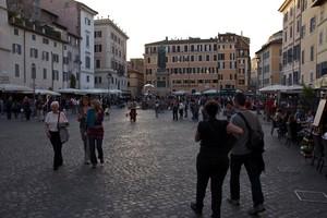 Piazza Campo de Fiori 2