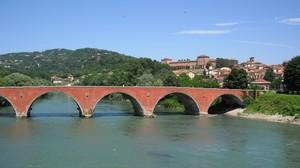 Ponte Vecchio sul Po