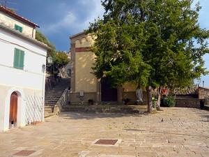 Montemassi – P.za Sant'Andrea