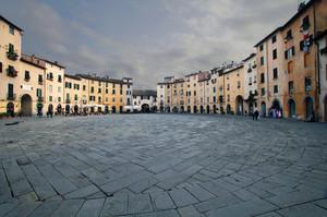 La piazza dei Romani