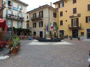Piazza Grossi