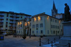 Piazza Galileo Ferrari.