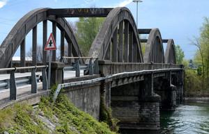 Ponte sul Mera tra Sorico e Gera