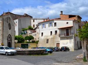 """""""…et trenta anni la posset parte sancte Marie"""" – Piazza S.M. la Nova – Teano"""
