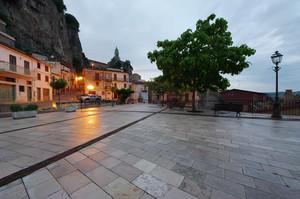 Piazza Olmo sera