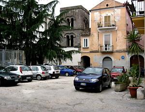 Capua piazza Camillo Pellegrino e Campanile Longobardo