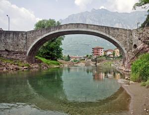 Ponte di Montecchio lato DX