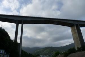 ponte tra le nuvole