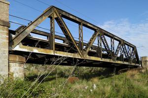 Joppolo – Ponte ferroviario in ferro