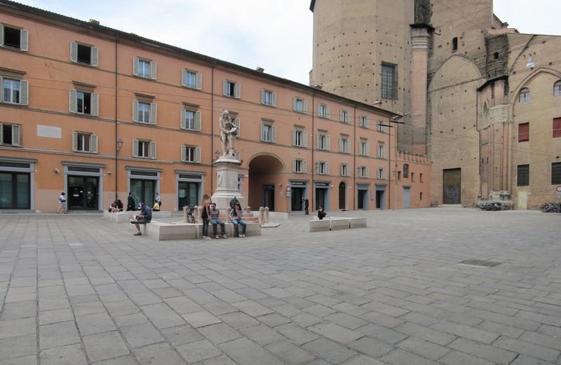 ''Piazza Galvani'' - Bologna