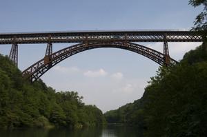 Il treno sul Ponte
