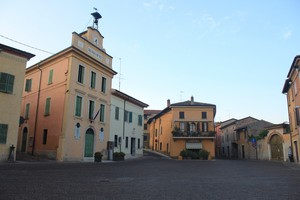 Piazza Torelli