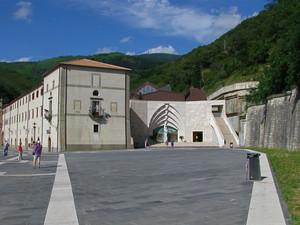 La piazza della chiesa nuova