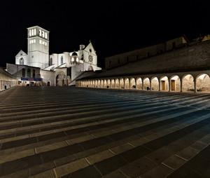 Assisi La Piazza