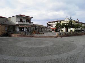 Piazza San Carlo Borromeo 3, Zambrone (VV)
