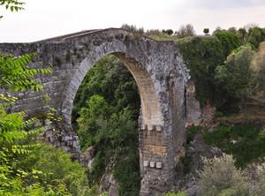 un ponte antico a Canino