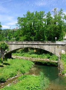 Ponte sull'Arno neonato
