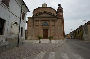 La piazza della Chiesa Parrocchiale