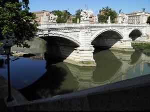 Roma – Scivolo al Ponte Vittorio Emanuele II