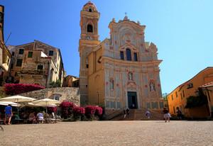 colori in piazza San Giovanni