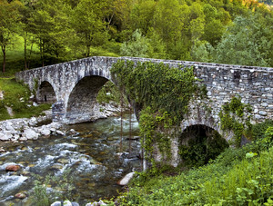 Ponte medioevale sul torrente Corsaglia