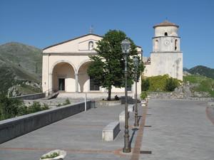 Il piazzale del Santuario.