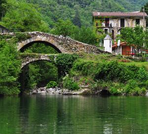 Ponte doppio sul torrente e sul laghetto dei Noci