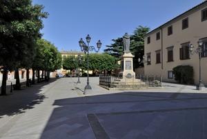 passando per Piazza  S.Agostino