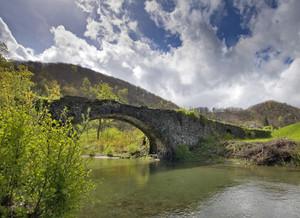 Ponte San Filippo in primavera